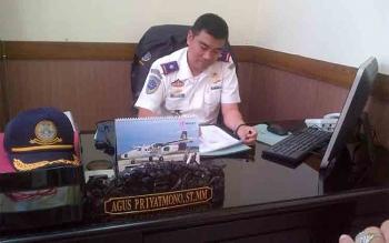 Caption foto : Kepala Bandar Udara Sanggu Agus Priyatmono