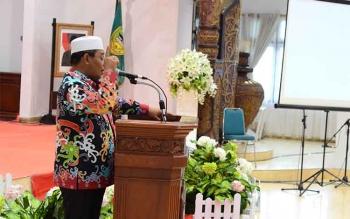 Wakil Gubernur Kalimantan Tengah, H Habib Said Ismail saat memberikan sambutan pada kegiatan Reuni alumni lintas angkatan SPG PGRI Muara Teweh