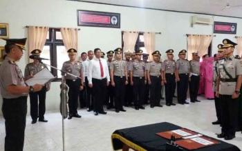 Serah terima jabatan Wakapolres Barito Utara dari Kompol Witdiardi ke Kompol Novianto Tarjono.