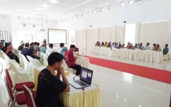 Suasana pelaksanaan rapat koordinasi pemilihan bupati dan wakil bupati Kabupaten Sukamara 2018, Jumat (5/5/2017).