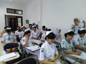 Tenaga kesehatan di RSUD Kuala Kurun saat mengikuti kegiatan