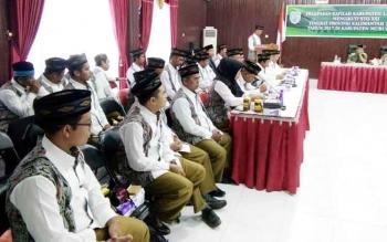 Wakil ketua kafilah STQ Lamandau, Hamim, saat menyampaikan laporan rencana ikut serta kegiatan STQ XXI tingkat provinsi Kalteng di Murung Raya.