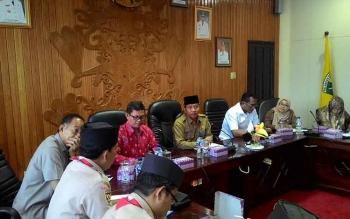 Rapat persiapan pelaksanaan Kemah Budaya Nasiona di ruang Peteng Karuhei, Palangka Raya, Selasa (16/5/2017).