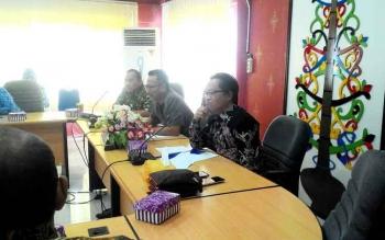 Politisi PAN Ini Sendirian Menerima Kunjung DPRD Madiun dan Bogor