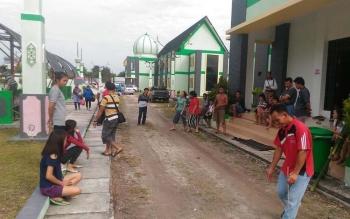 Kontingen FBIM Kabupaten Gunung Mas berlatih balogo di komplek Islamic Center, Sampit, Kabupaten Kotawaringin Timur, Kamis (18/5/2017) pagi