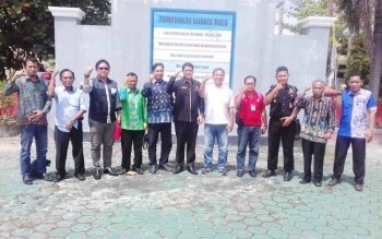 Parimus ketua FBN Kotim bersama pengurus barunya.