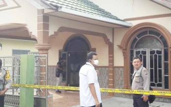 Di rumah inilah Hidayat ditemukan tewas membusuk