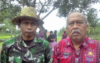 Kepala Dinas Pertanian Holtikultura dan Peternakan Provinsi Kalimantan Tengah Ir Sutrisno di dampingi Dandim 1011 KLK Letkol Inf Ahmad Syaikhu S.Ag.