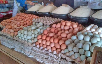 Harga kebutuhan pokok di Pasar Saik Buntok, Kabupaten Barito Selatan, mulai merangkak naik.
