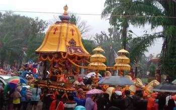 Pawai budaya Isen Mulang merupakan salah satu agenda pada HUT Kalteng.