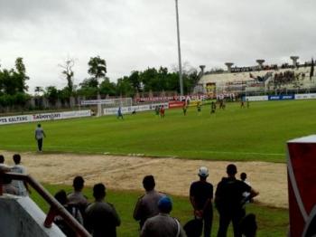 Tim Laskar Isen Mulang berhasil membekuk Perssu Real Madura, 4 gol tanpa balas.
