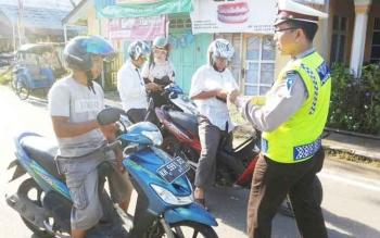 Polisi lalulintas razia pada hari terakhir opersai patuh telabang