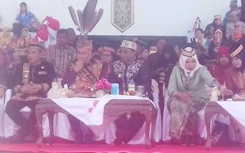 Gubernur Kalteng H Sugianto Sabran saat hadur dalam HUT Kalteng di Sampit.