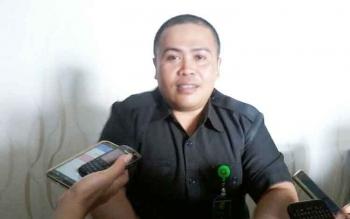 Humas Pengadilan Negeri Kasongan Evan Setiawan saat memberikan keterangan pers, Rabu (24/5/2017),