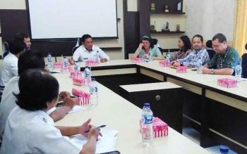 USAID saat tatap muka dengan Bupati Pulang Pisau dan jajaran Pemkab, Rabu (24/5/2017) di ruang rapat Bupati.