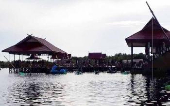 Kawasan wisata Kereng Bangkirai.
