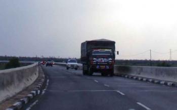 Aktifitas angkutan darat di Pulang Pisau.
