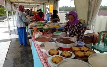 Pasar Wadai atau Pasar Ramadan di Muara Teweh.