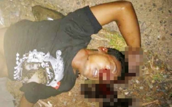Pengendara Yamaha Vega tanpa nopol terkapar setelah terlibat kecelakaan lalu lintas Jalan Minun Dehen, Tumbang Samba, Kecamatan Katingan Tengah, Kabupaten Katingan, Sabtu (27/5/2017) malam.