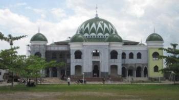 Ilustrasi Masjid Agung Al Mukaram Kuala Kapuas