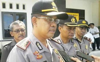 Kapolres Katingan AKBP Ivan Adhityas Nugraha didampingi Kabag Ops Kompol Sumarsono dan Kapolsek Katingan Hilir Iptu Nurheriyanto.