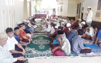 Buka puasa Partai NasDem bersama anak panti asuhan serta tokoh agama dan masyarakat.