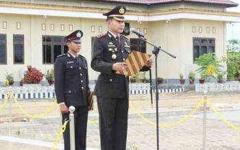 Kapolres Barito Selatan, AKBP Yussak Angga pimpin apel peringatan Hari Lahir Pancasila, Kamis (1/5/2017)