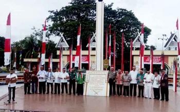 Lintas tokoh Kalteng deklarasi di Tugu Soekarno, Palangka Raya, Kamis (1/6/2017).