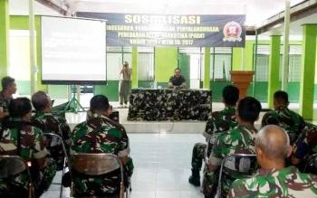 Dandim 1013 Muara Teweh Letkol Inf Adi Giri Ibrahim menyampaikan arahan pada pembukaan acara sosialisasi pencegahan, peberantasan, penyalahgunaan peredaran gelap narkotika (P4GN)