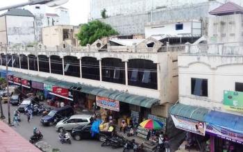 Arus lalu lintas di kawasan Pusat Perbelanjaan Mentaya Sampit selama Ramadan