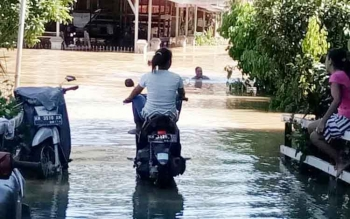 Kondisi banjir di Kapuas Tengah, Kabupaten Kapuas.