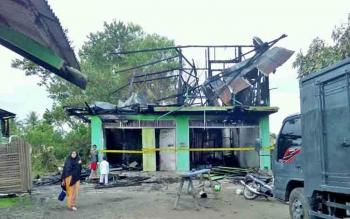 Sebuah bengkel di Jalan Tjilik Riwut, Km 5, Palangka Raya terbakar, beberapa hari lalu.
