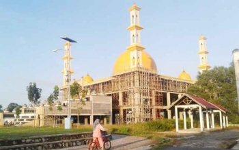 Pembangunan Masjid Agung Sukamara terus dilakukan.