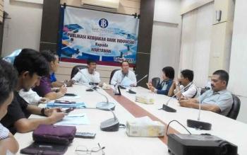 Wuryanto memberikan keterangan pers di Huma Hapakat, kantor BI Kalteng, Jumat (9/6/2017).
