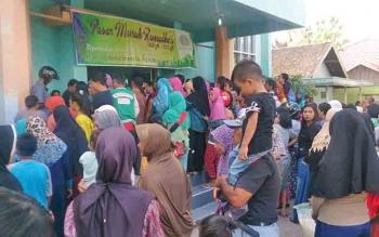 Jajaran Citra Borneo Indah (CBI) Group - PT. Sawit Sumbermas Sarana Tbk (SSMS), konglomerasi milik Haji Abdul Rasyid AS, menggelar kegiatan Pasar Murah di dua Kecamatan yaitu Arut Selatan dan Kumai, Sabtu (10/6/2017).