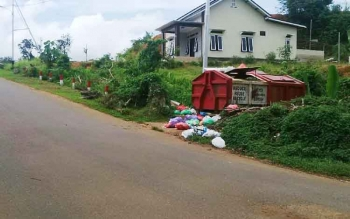 Salah satu tempat pembuangan sampah yang berada di Jalan Veteran, Kota Puruk Cahu, Senin (12/6/2017).