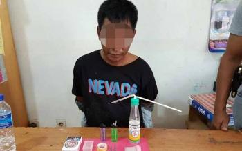 Salah seorang pengedar sabu ditangkap aparat kepolisian beberapa waktu lalu