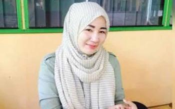 Endang Susilawatie Ahmad Yantenglie yang kini menjabat Wakil Ketua DPRD Katingan juga bakal meramaikan pilkada 2018.