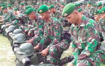 Inilah prajurit Yonif 631 Antang yang akan menjalani pendidikan di Pusat Pendidikan dan Latihan Pasukan Khusus (Pusdiklatpassus), Cipatat, Bandung, Jawa Barat, Senin (12/6/2017)