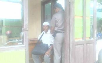 Matbueni (70) gepeng asal Palangkaraya yang diamankan satpol PP Kobar mengungkapkan bahwa lebaran ini kObar akan kedatangan gepeng.