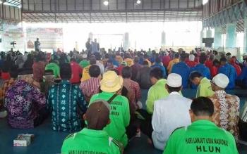 Peringatan Hari Lanjut Usia Nasional (HLUN) tahun 2016 yang digelar di lapangan futsal KW 2 kelurahan Padang Sukamara.
