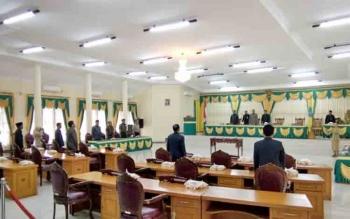 Suasana DPRD pada saat akan memulai sidang