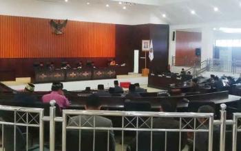 Suasana Rapat Paripurna DPRD Kabupaten Murung Raya dengan agenda penyampaikan pandangan umum fraksi terhadap laporan pertanggungjawaban Bupati tentang pelaksaaan APBD 2016, Rabu (14/6/2017).
