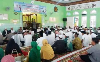 Safari Ramadan Pemkab Kotim, di Desa Bagendang, Kecamatan Mentaya Hilir Utara, Rabu (14/6/2017)
