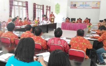 Rapat kerja kepemudaan di aula Kantor Kecamatan Kurun, Kamis (15/6/2017).