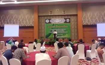 Assisten I Setda Kotim H Sugian Noor mewakili Bupti Kotim memberikan sambutannya diacara BPJS Kesehatan.