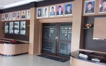Ruang rapat paripurna DPRD Kotim tampak terlihat sepi, meski Senin (19/6/2017) ada agenda dua paripurna.