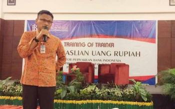 Wuryanto, Kepala Perwakilan Bank Indonesia Kalteng menyampaikan sosalisasi sekaligus membuka kegiatan ToT Keaslian Uang Rupiah, Selasa (20/6/2017).
