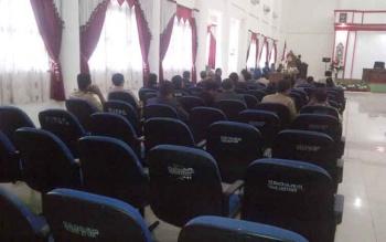 Suasana rapat paripurna dengan agenda penyampaian pemadangan umum fraksi pendukung dewan di DPRD Kabupaten Barito Selatan, Selasa (20/6/2017).