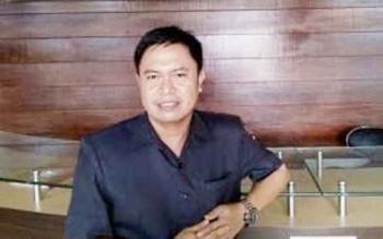 At Prayer, Anggota Komisi B DPRD Kota Palangka Raya